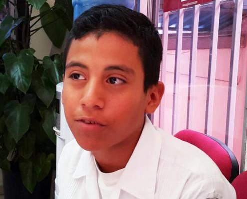 Osman Acosta, alumno de excelencia académica.