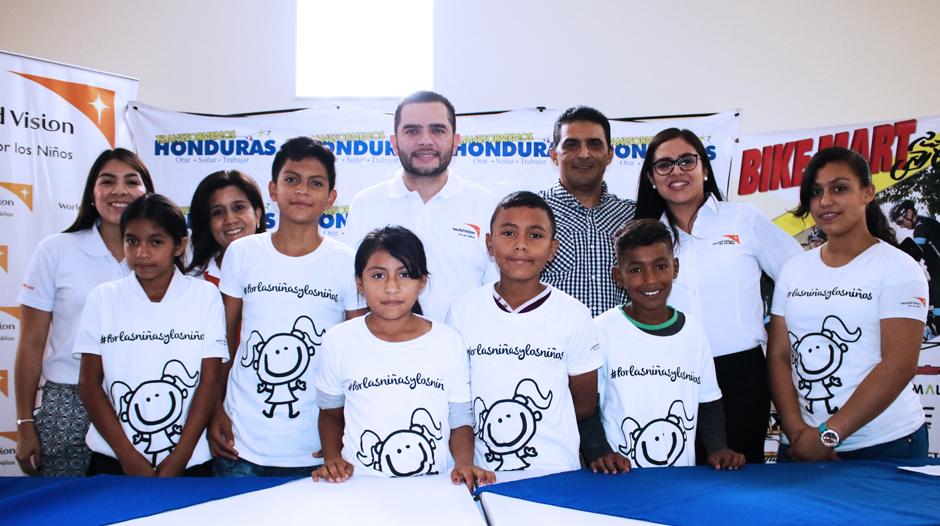 WorldVision Honduras presente en el lanzamiento del Costa a Costa 2017